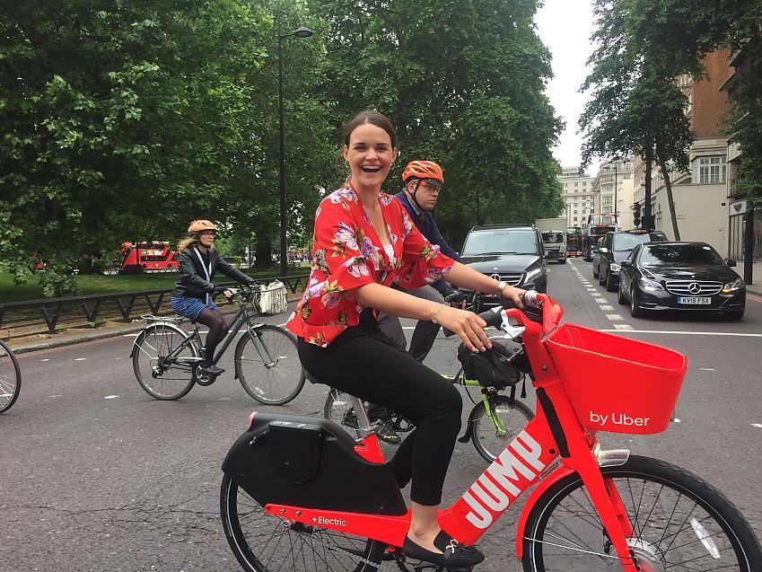 Laura Winter on an e-hire bike