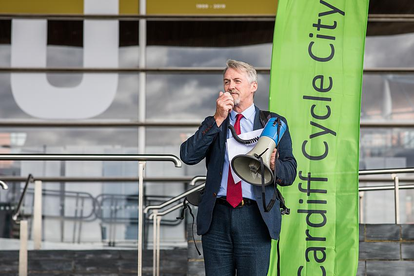 Huw Irranca-Davies AM speaking at Cycle on the Senedd.