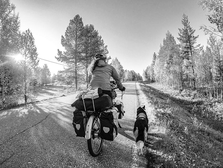 Tilly and Lucy enjoy an evening ride in Finland