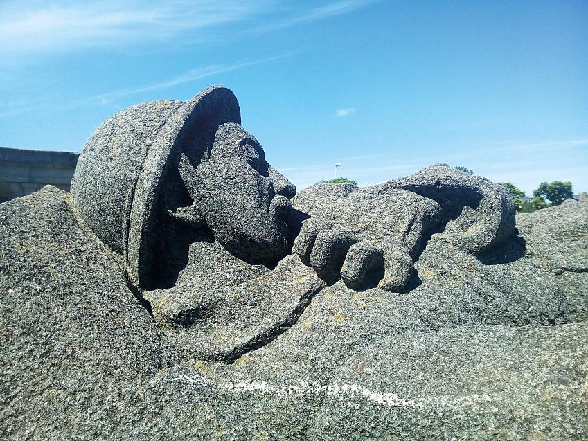 Roscoff War Memorial
