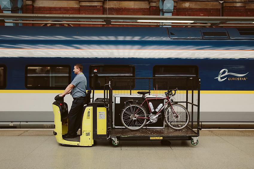 Bicycle being ferried onto the Eurostar