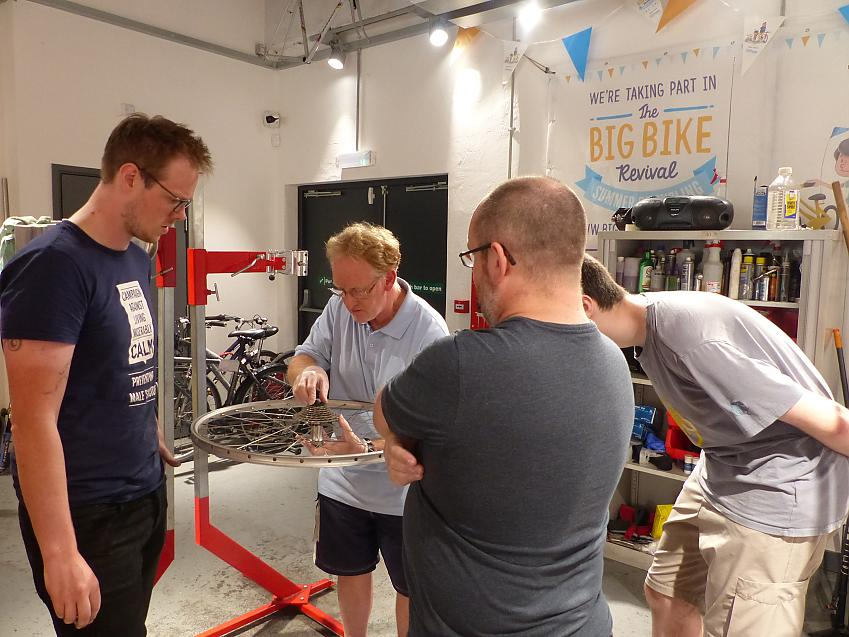 Ian's class at the Gloucestershire Bike Project