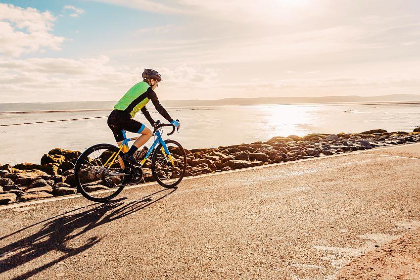 With long days of riding ahead, Alaina makes full use of daylight. Photo Rod Barrar & Ian Barrar.