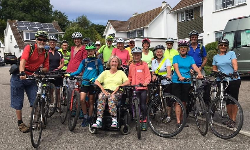 Norma with her cycling club and well-wishers