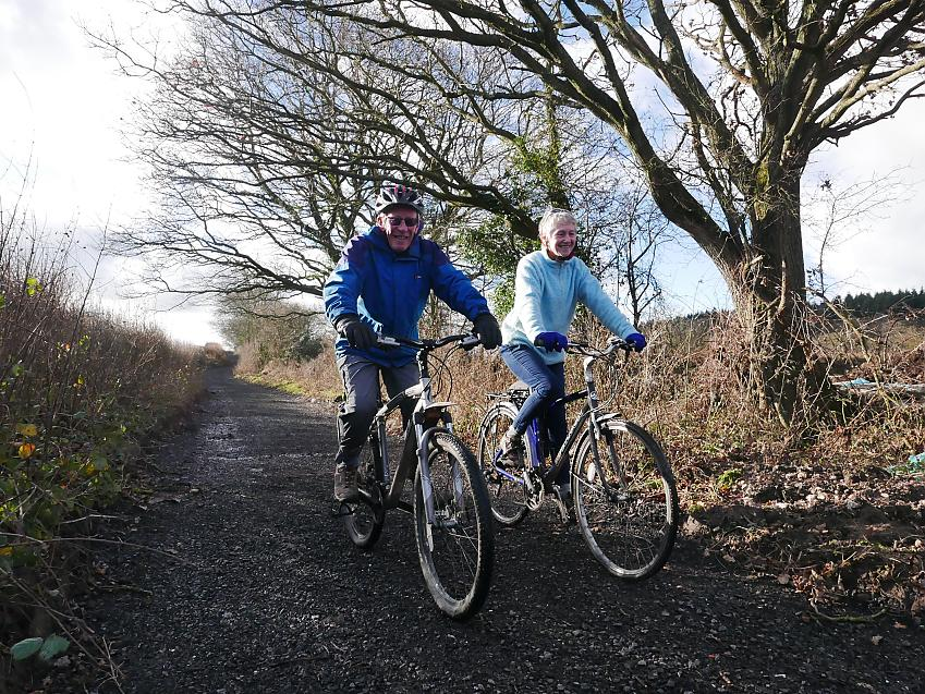 Two cyclists on Little Lane in North Dorset