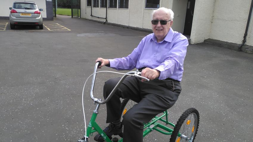 95-year-old Ron in action