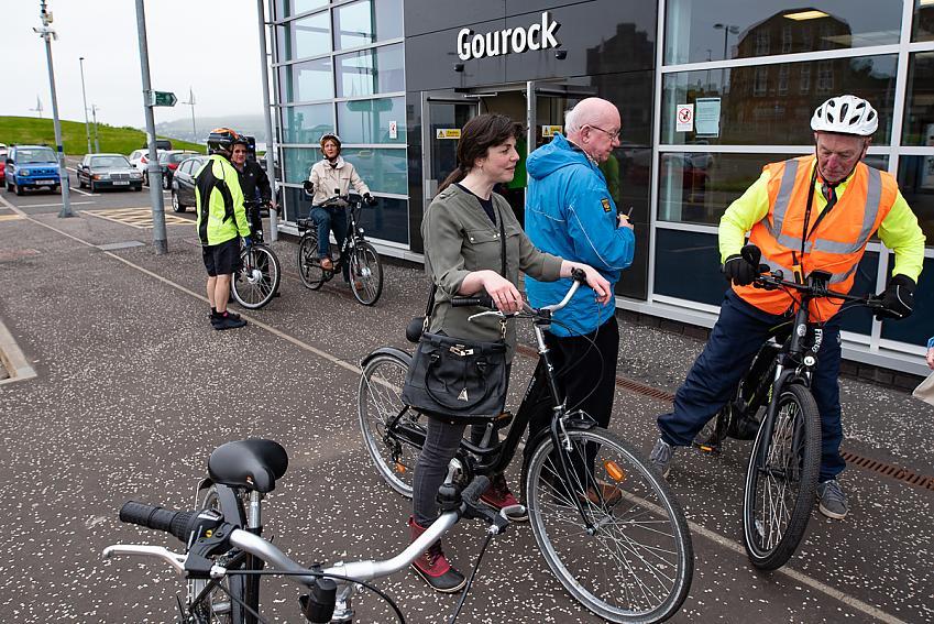 Cyclists near Gourock train station