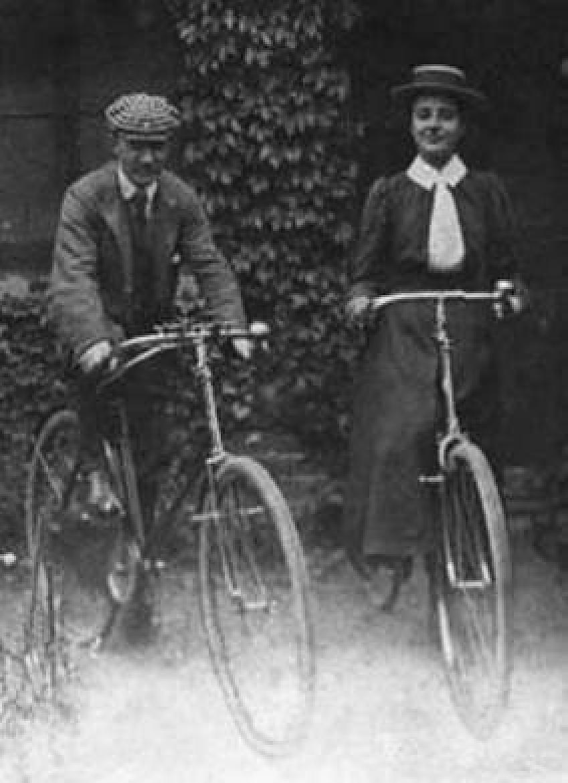 Rose and Tom Lamartine Yates on their bikes, c1900, Hugh Morgan/Merton Cycling Campaign